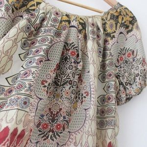 Sundance 100% Silk Blouse Patterned Tie Top Shirt